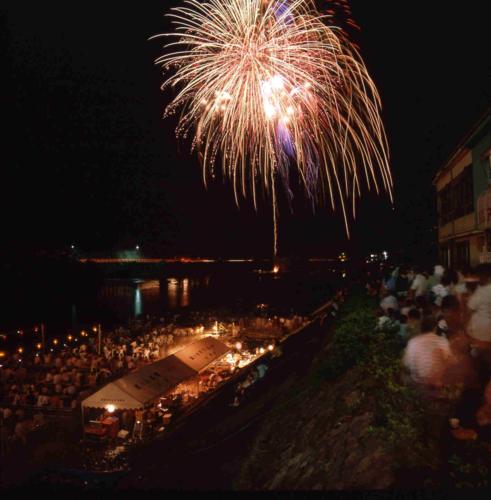 쓰와노 여름 축제은어 축제 불꽃놀이