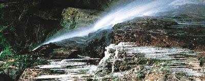 徳仙的瀑布