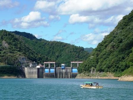 萩、长门峡观光游览船