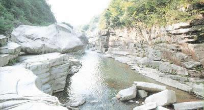 아사카 계곡