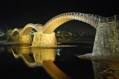 锦带桥 上灯
