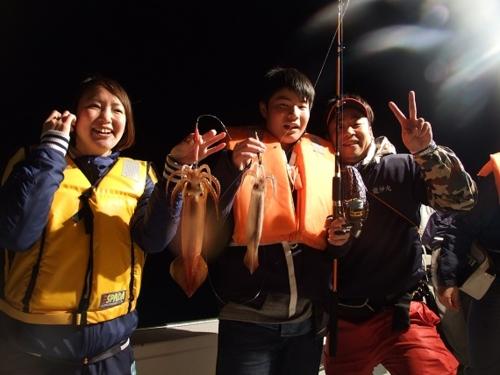 ขอบคุณสำหรับทะเลสีฟ้า! ทัวร์ยะ* ปลาหมึกการตกปลาประสบการณ์