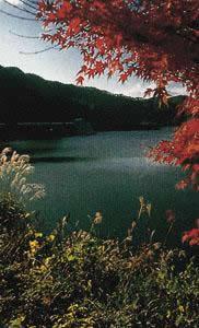 타카세 호수
