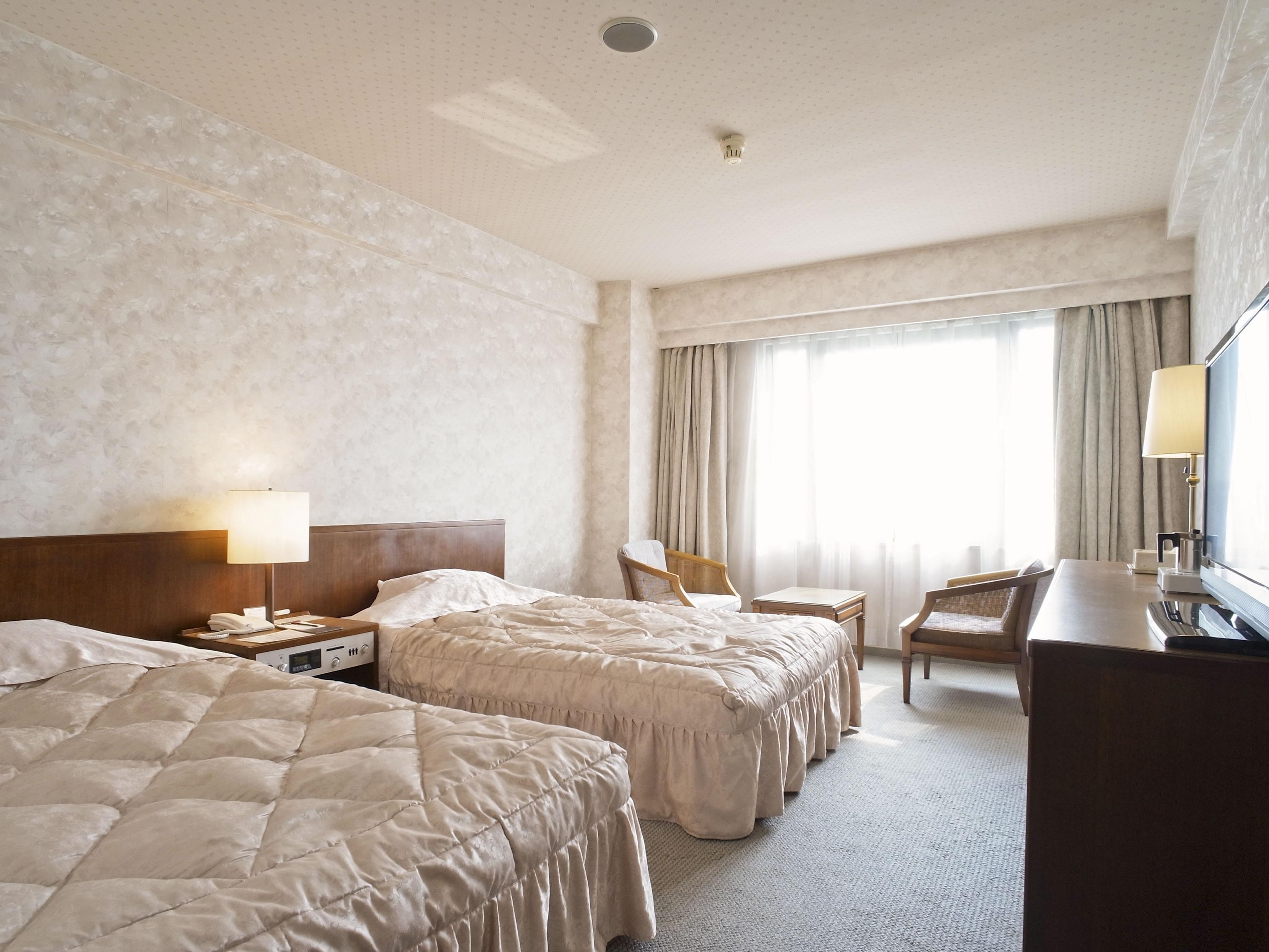 2. Plaza Hotel Shimonoseki