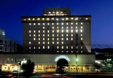 1. Hotel New Tanaka