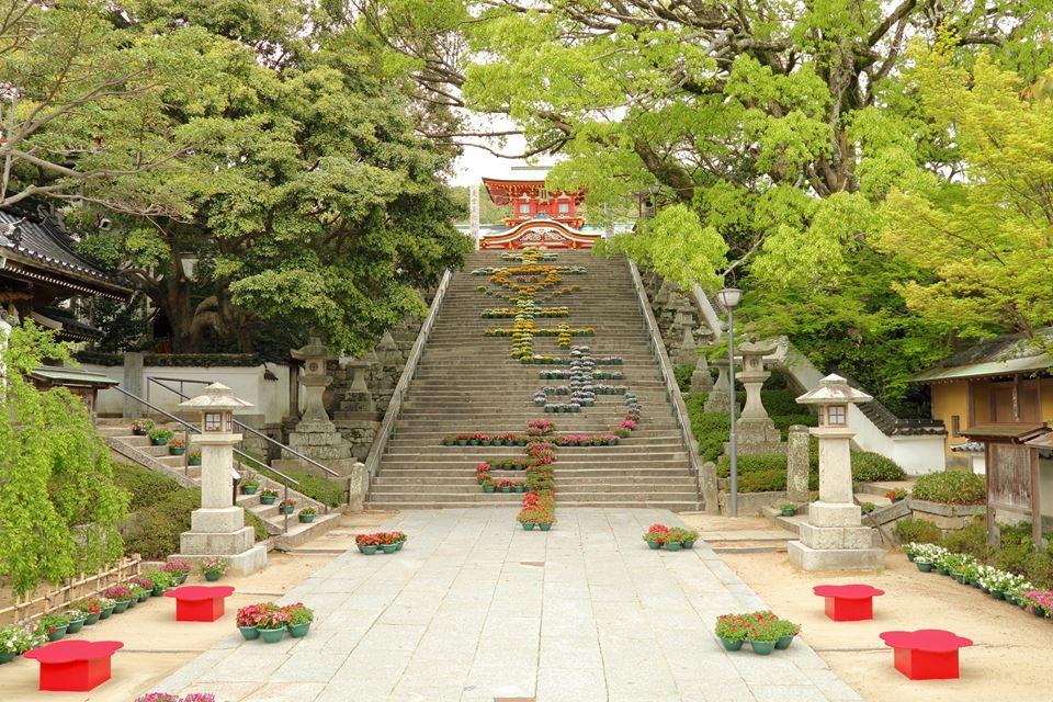 3. ศาลเจ้าโฮฟุเท็นมังกู
