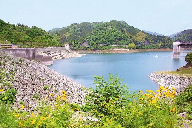 1. 스애타케가와 댐(코메이즈미호수)
