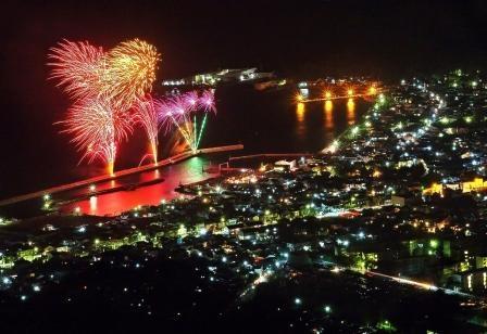 1. Mitarai Bay Fireworks Festival