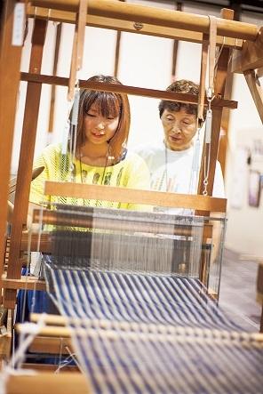 1. 柳井縞機織體驗